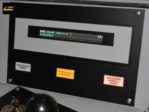 Ekran komputera pokładowego z meldunkiem o awarii