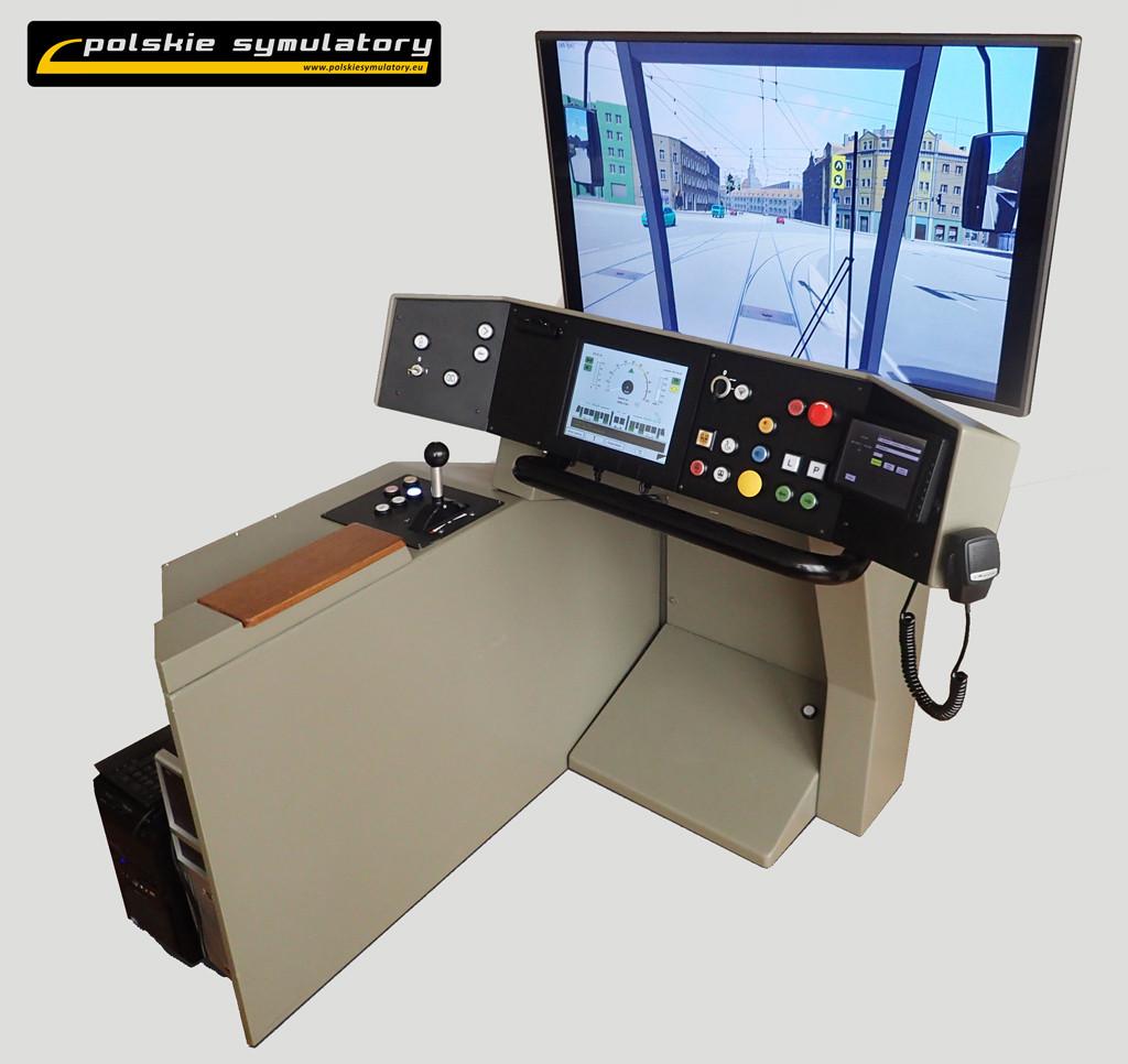Kompaktowy symulator PS-TRAM z ekranami diagnostycznymi